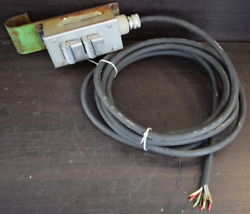 Allen Bradley Up - Down Momentary Contact Switch For Hoist 10 Wires