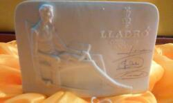 Lladro Incredibly Impressive Collector's Society Sign W/ Don Quichote Sitting