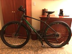 2019 Giant Toughroad Slr2 Men's Size M Black With Electric Green Highlights