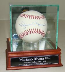 Autographed Yankees Mariano Rivera Signed Baseball in Hall of Fame Display HOF