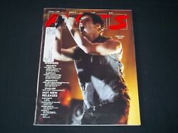 1999 October 1 Hits Magazine - Nine Inch Nails Cover - Trent Rezonr - B 5604
