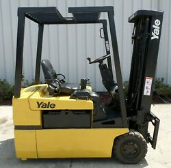 Yale ERP040TG (2001) 4000 lbs Capacity Great 3 wheel Electric Forklift!!!!!