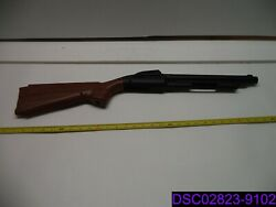 Qty = 19 30 Total Length Plastic Toy Rifle