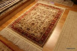 Silk Rug Top Quality Handmade Made of 100% natural Silk fine weave pictorial