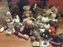 Boyds Bears Huge Lot Of 30 Collectible Plush With Some Accessories