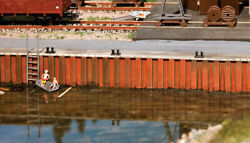 Walthers SceneMaster HO Scale Harbor Wall Kit Combined Length Up To 20 1 4quot;