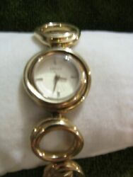 NICE GOLD TONE ROUND LOOP LINKS BY FOSSIL FOR THE LADIES NICE N RUNS WELL FITS 7 $24.00