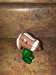 DEPARTMENT 56 TOUCHDOWN BEAGLE SNOOPY FIGURINE 56.4039752