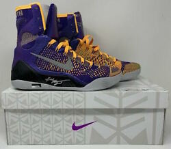 KOBE BRYANT Autographed Kobe IX Elite Showtime Edition Size 10.5 Shoes PANINI