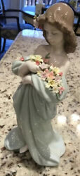 Lladro Petals Of Love Porcelain Figurine Hand Made From Spain With Original Box