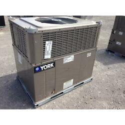 York Pce4a3021 2-1/2 Ton Convertible Rooftop Air Conditioner, 14 Seer R-410a