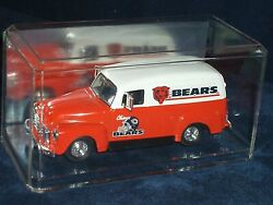 Ertl Nfl Coin Bank Chicago Bears 1951 Gmc Delivery Van W Coa And Display