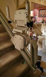 Acorn Hinge Rail Stairlift Absolutely Excellent Condition 11-step Right