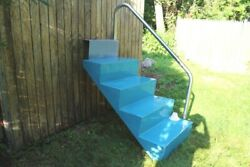 Fiberglass Swimming Pool Steps With Stainless Rail
