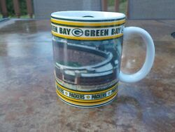 Danbury Mint Green Bay Packers Game Day Mugs View From Above Brett Favre