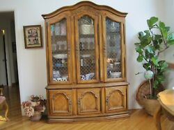 Vintage Country French Hutch Drexel-heritage Furniture,solid Wood Good Condition