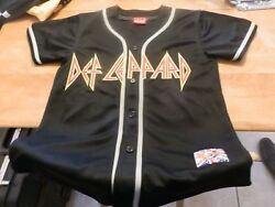 Def Leppard Button Down Shirt Size Small Black And Gold 77 On The Back.