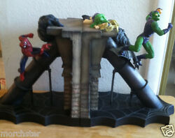 Spiderman Vs Green Goblin Bookends Statue Death Of Gwen Stacy Extremely Htf