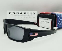 OAKLEY matte black grey SI FUEL CELL quot;USA FLAGquot; OO9096 38 sunglasses NEW IN BOX $84.99