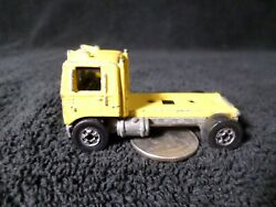 Vintage Hot Wheels Semi Truck 1981 Mack Cabover Yellow