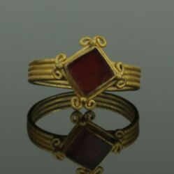 Beautiful Ancient Roman Gold And Carnelian Ring - 2nd Century Ad 334