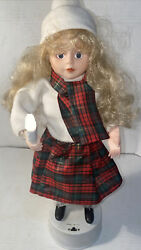 Vintage Telco Christmas Caroler Animated Motionette Girl With Lighted Candle 16