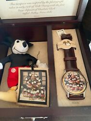 Rare Mickey Mouse Watch Wooden Box First Generation Doll Disney Limited 370/5000