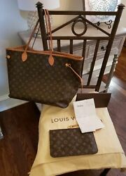 **Louis Vuitton Neverfull PM dust bagpouch 2018. AUTHENTIC $587.00