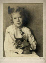 Vintage Photograph 1921 Nickolas Muray Portrait Young Girl With Kitten, New York