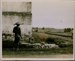 Ga64 Original Photo Farmer Tending To Geese Flock Asian Country Style Straw Hat