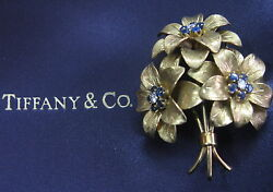 And Co Blue Sapphire Flower Brooch 18kt Yellow Gold 2