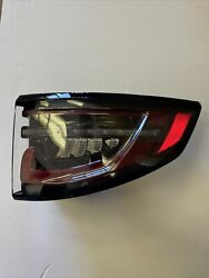 Oem Genuine Land Rover Discovery Right Side Tail Light