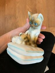 Vintage Pretty Porcelain Mann/japan Cat Music Box/figurine With Free Shipping