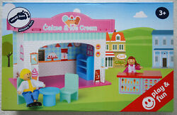 Small Foot Play House Ice Cream Shop Dolls And Accessories Eco Friendly Wooden Toy