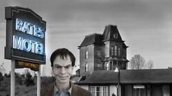 Norman Bates Lifesize Statue 11 Scale