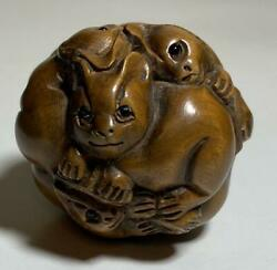 Antique Japanese Netsuke Of Cat Round Shape With Inscription Wooden 33 X 33 Mm