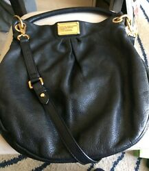 MARC JACOBS LEATHER HOBO BAG $150.00