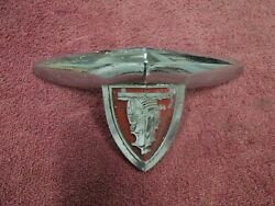 1946 47 48 Plymouth Special Deluxe Hood Emblem Good Original 1149072