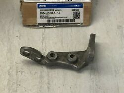 Ford Lincoln Cars Oem Front Passenger Axle Mount Bracket 8g1z-3k305-a