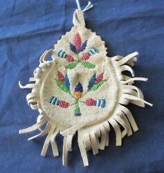 Beautiful Native American Indian Beaded Small Pouch Bag