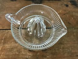 Vtg Large Glass Citrus Reamer Squeezer Clear Juicer Tool Farmhouse Kitchen 6