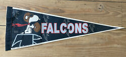 Vintage Altanta Falcons Snoopy Pennant 1958 United Feature Syndicate Wincraft