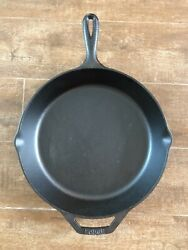 Lodge Vintage 10 Sk Skillet 3 Notch Round Cast Iron Grill Pan 12 Made Usa