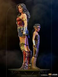 Iron Studios Ww84 Wonder Woman And Young Diana Deluxe Art Scale 1/10 Statue