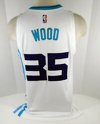 2016-17 Charlotte Hornets Christian Wood 35 Game Issued White Jersey Dp07966