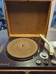 Vintage Working Silvertone Record Player 3 Speed/radio. See Pictures For Model