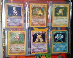 Pokemon Card Vintage Over 300+ Cards Binder Collection Lot Charzard