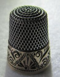 246 Scrolls Gold Band Ketchum And Mcdougall Sterling Silver Thimble - Size 9