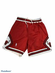 Chicago Bulls Nba Nike Authentic Basketball Shorts Red 1998 Size 36 Red Vintage