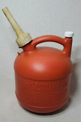 Vintage Eagle 1 1/4 Gallon Round Plastic Gas Can Pg1 Vented With Spout